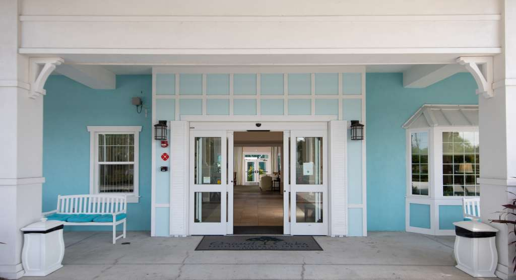 Grand Oaks of Jensen Beach Entrance