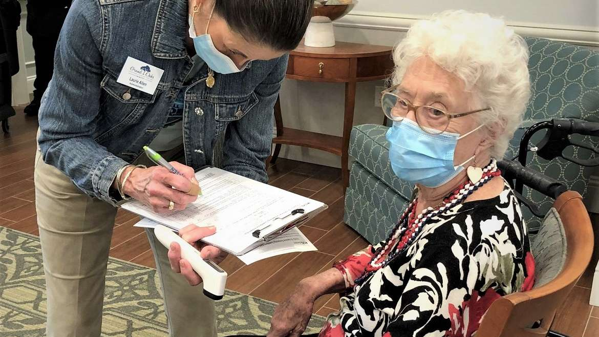 Residents of Grand Oaks Receive COVID-19 Vaccine